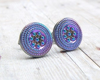 Dotted Flower - vintage glass button stud earrings