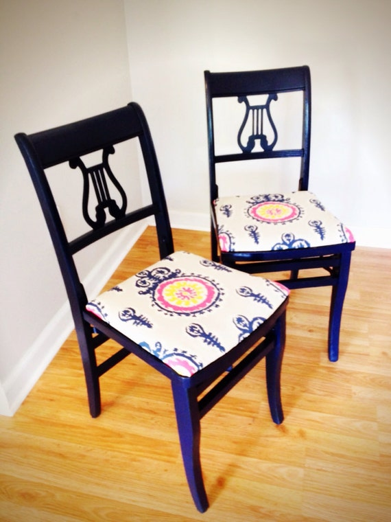 Navy Antique Harp Back Folding Chairs