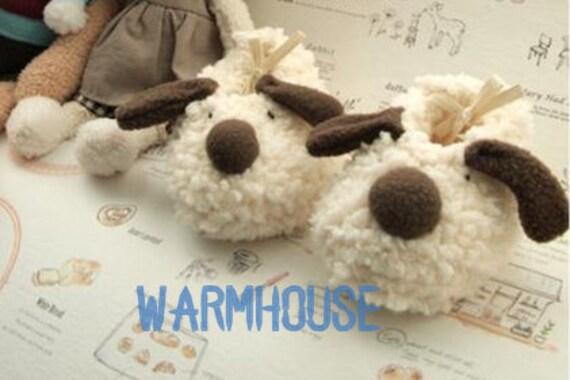 Little lamb baby booties