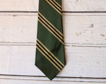 Skinny Necktie- Striped in Green 1960s