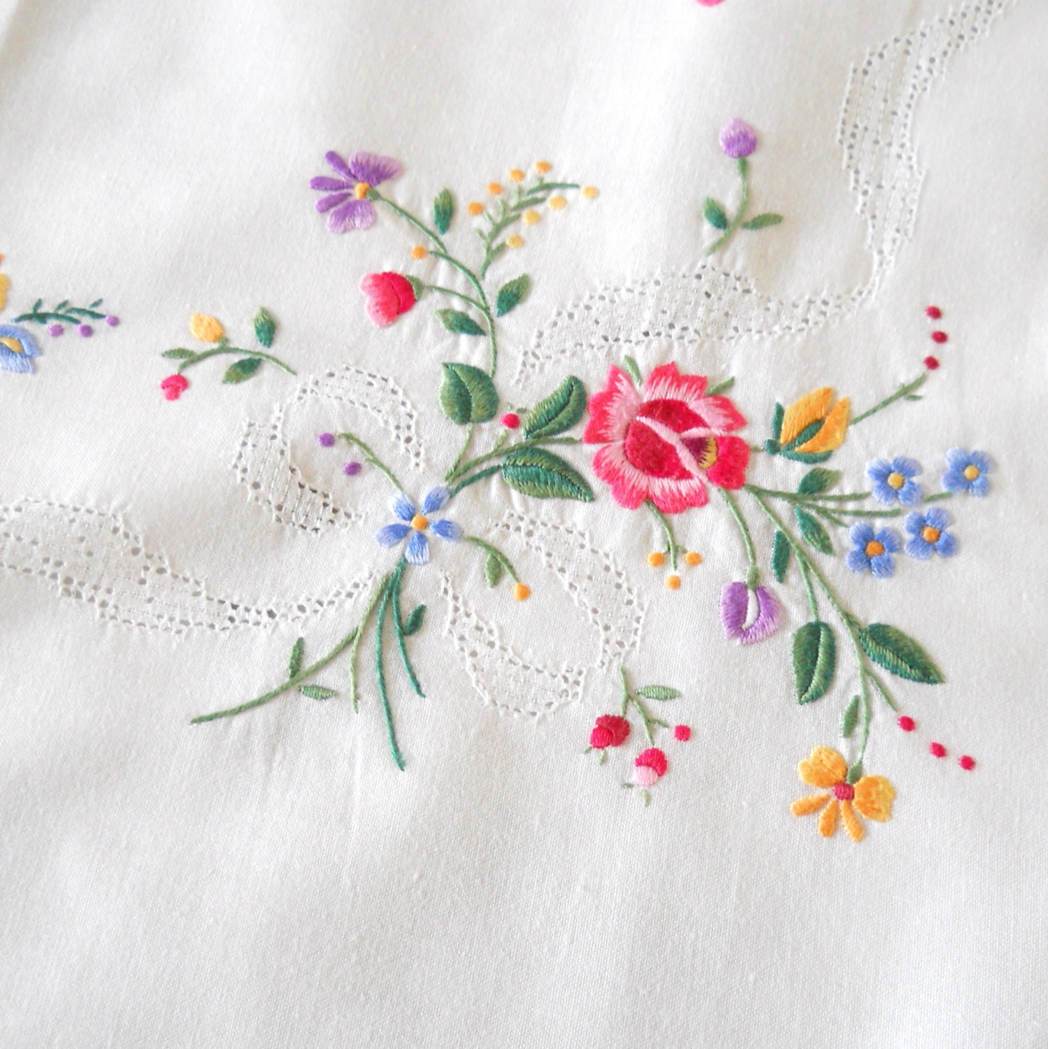 Vintage embroidered tablecloth white floral
