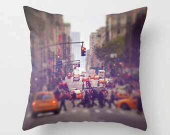 Down the Avenue - NYC Pillow Case - New York City Pillow Cover - Throw Pillow Cover - 16x16 18x18 20x20