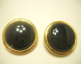 Vintage LIZ CLAIBORNE CLIP Earrings. (9424)