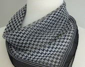 Vintage HOUNDSTOOTH PRINT SCARF in Black & White/One Size