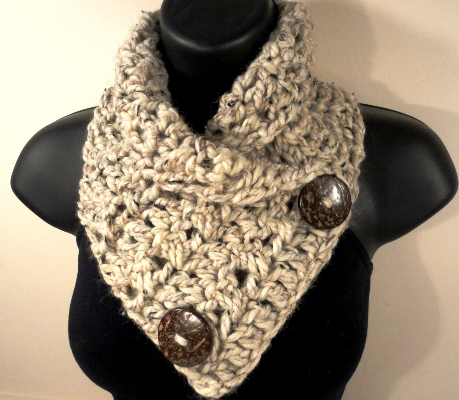 Crochet Scarf Pattern With Button : Wool Blend Bulky Crochet Scarf Button Scarf Crochet Cowl