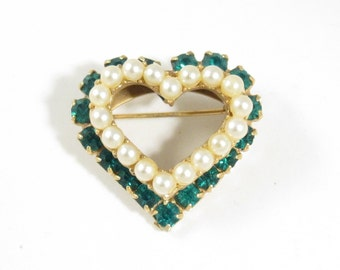 Vintage Green Rhinestone Simulated Pearl Heart Pin Brooch