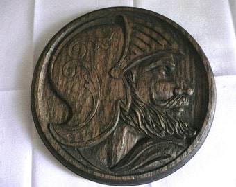 Wood Carving - Hand Carved Oak - Wall Plaque  - Man Cave Decor - Military Plaque - Vintage Round Relief Hanging - Wooden Soldier Bust Plaque
