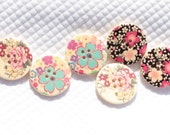 Lot of 10 Large Floral Wood Buttons