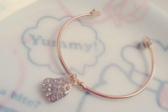 Gold Heart Rhinestone Bracelet (Adjustable)