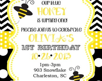 Bumble Bee Birthday Party  or baby shower Invitations with envelopes