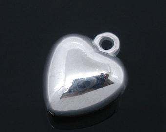 5 Pieces Silver Tone Acrylic Heart Charms