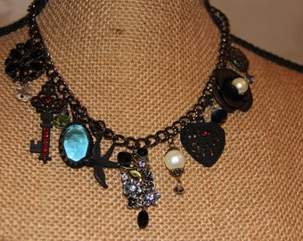 Romantic victorian style necklace