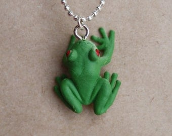 Green Tree Frog / Tiny Pendant on 45cm Fine Shiny Silver Ball Chain