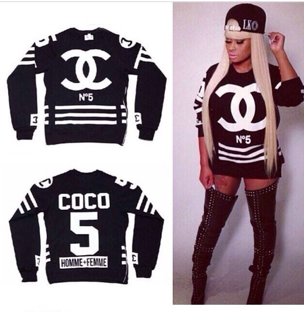 coco chanel luxury n 5 side zip sweater on the hunt. Black Bedroom Furniture Sets. Home Design Ideas
