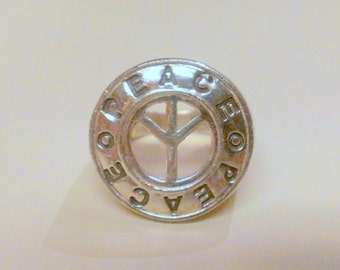 Vintage Sterling Silver PEACE Ring Size 8