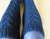 Handknit  cable women woollen leg warmers black