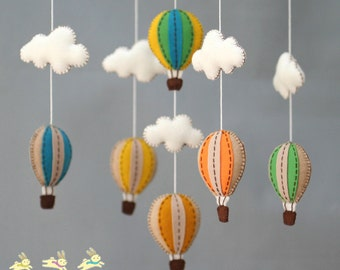Vintage baby mobile, Muted colors baby crib mobile, vintage hot air balloons baby mobile, up in the air, up in the sky, whimsical