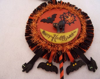 Vintage style Halloween party shaker - with vintage plastic moon and cat