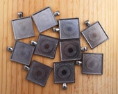 1 Inch Square Pendant Trays - 10 Count - Gunmetal Cabochon Setting