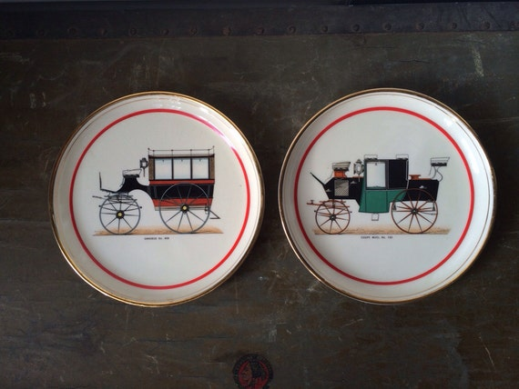 Items similar to Pair of Hyalyn Porcelain Collector Plate - Beautiful Color and Detail - Coupe Muel no.120 - Omnibus no. 408 on Etsy & Items similar to Pair of Hyalyn Porcelain Collector Plate ...