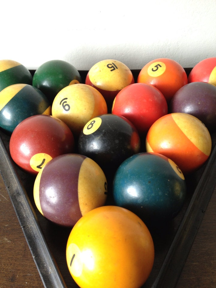 Vintage Full Set Of Pool Balls Amp Billiards Rack 8 Ball