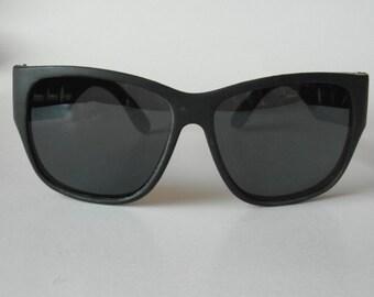 Vintage Matt Black Sports Square-Frame Sunglasses