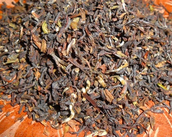 Organic DARJEELING Loose Tea - True, FIRST FLUSH - From India's Himalayas - Crisp and Delicious - One Ounce - yields 18-22 Cups
