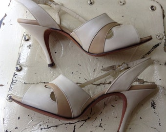 Gorgeous Vintage 1950's Dressy Sandals..Made in Italy..Worn Once..2 Tone beige..Very Classy..sz 7aaa