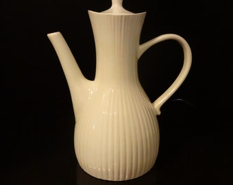 Mid Century Modern Coffee Pot - Ernest Sohn Creations - White - Hall China - Ribbed Hourglass Shape Coffee Pot