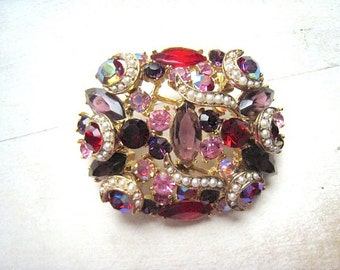 Spectacular Vintage Dome Brooch Parue Red Pink Purple Gold stones Faux Pearls Clip Earrings Wedding Vintage Bridal Hollywood Glitzy 1950's