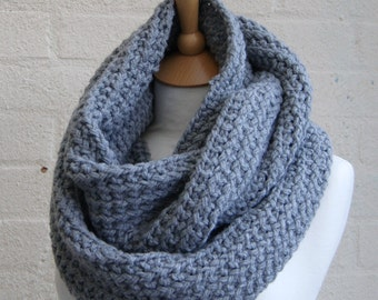 Chunky Knit gray infinity scarf, Knitted grey scarf, Chunky knit snood, Knitted gray snood