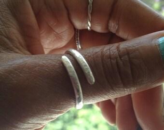 Silver Thumb Ring Hammered Wraparound Ring UK Shop