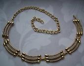 Sale.Gold Tone Vintage Metal Belt. Vintage accessories.