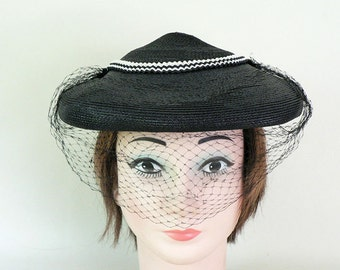 Womens Vintage 1950s Black Fascinator Hat