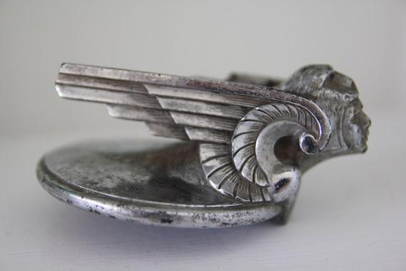 Antique Figural Art Deco Radiator Cap William Schnell Design