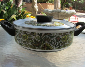 Vintage 1970s Retro Green Floral Covered Pan