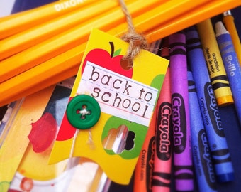 Back to school tag - apples to apples - gift tags (set of 6)
