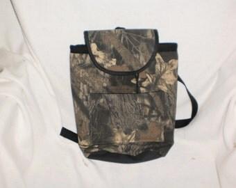 mossy oak camoflauge  purse/backpack