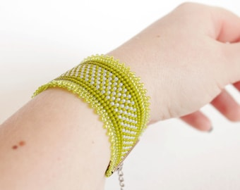 Lime green bracelet, Green beaded cuff, Apple green bracelet,Wide beaded bracelet, Modern jewelry, Minimalist Jewelry, Spring summer fashion