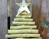 Rustic Barn Wood Christmas Tree Handmade from Reclaimed Wood -  coutnry rustic Christmas decoration for home, barn, or gardening shed - SouvenirFarm