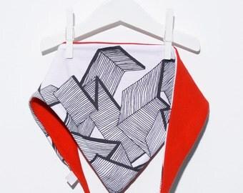 Triangular scarf with wood motif silk screen printing / triangle scarf with silkscreen wood-motifs