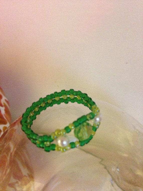 Green & pearl glass