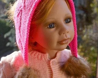 Knitted pink cap - FUR POMPOM