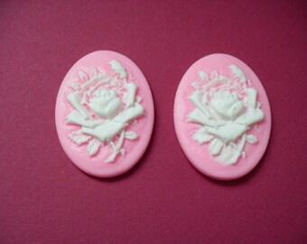 Cameos, Pink, 2 pieces (166)