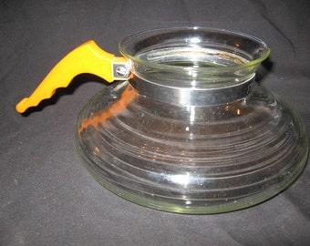 Helmco Inc., Bakelite Handle Glass Coffeepot Mid Century Filtron Glassware Chicago 14, Ill.