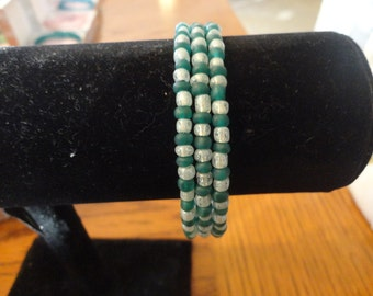 Memory Wire Bracelet-Frosted Teal and glitter silver seed beads