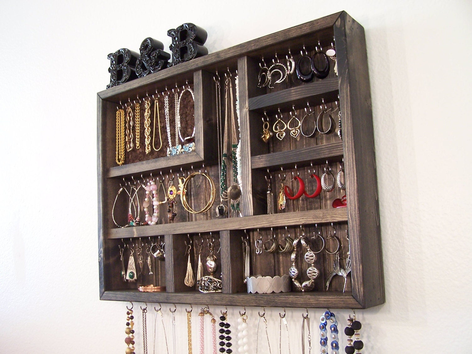 Dorm Room Jewelry Organizer by barbwireandbarnwood on Etsy ~ 170956_Etsy Dorm Room Ideas