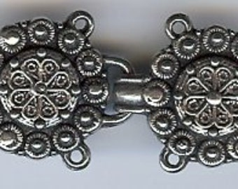 TP104 - Sissel Cloak or Sweater Clasp -  Solid Pewter