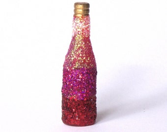 Decorative Miniature Bottle in Shades of Red for your Dollhouse