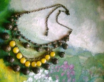 honey-honey...statement necklace-honey jade,semipretious,metal,brass, bronz,glassbeads, filigree,multy string,original,elegant,romantic